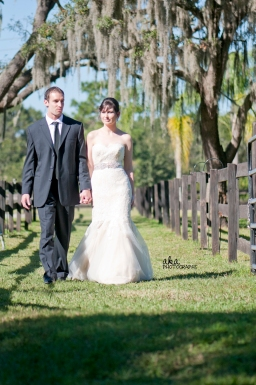 rustic wedding, tiffany blue decor, damask, tampa fl, karnes stables, malindy elene bridal