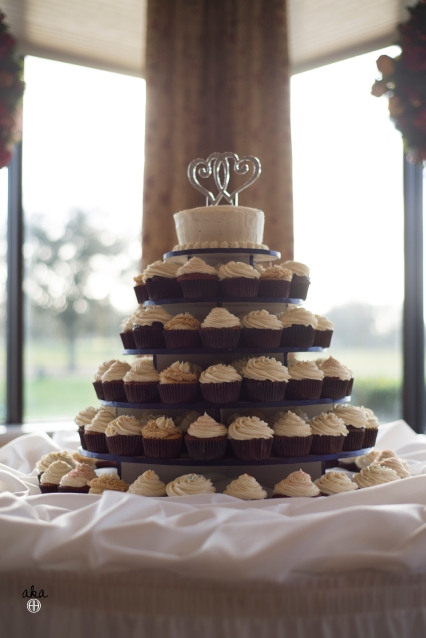 wedding, palm aire country club, navy and white, cupcakes, military wedding, sarasota florida