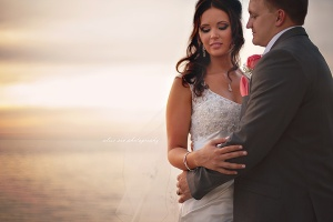 sarasota weddings, van wezel wedding, michael's on east wedding, coral and teal wedding