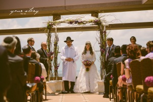 green and purple wedding, tampa wedding, grand hyatt tampa bay weddings, summer wedding, jewish wedding, chuppah